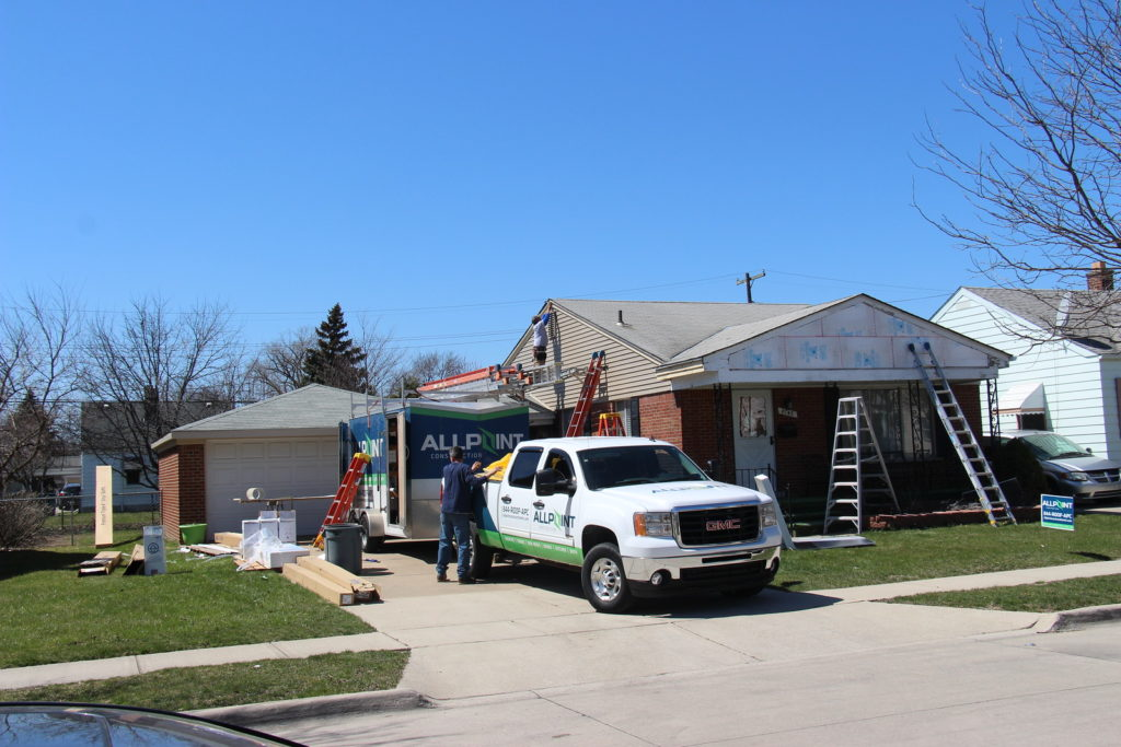 Roofing Contractor Plymouth Michigan Call 734 548 9911 For A Quote